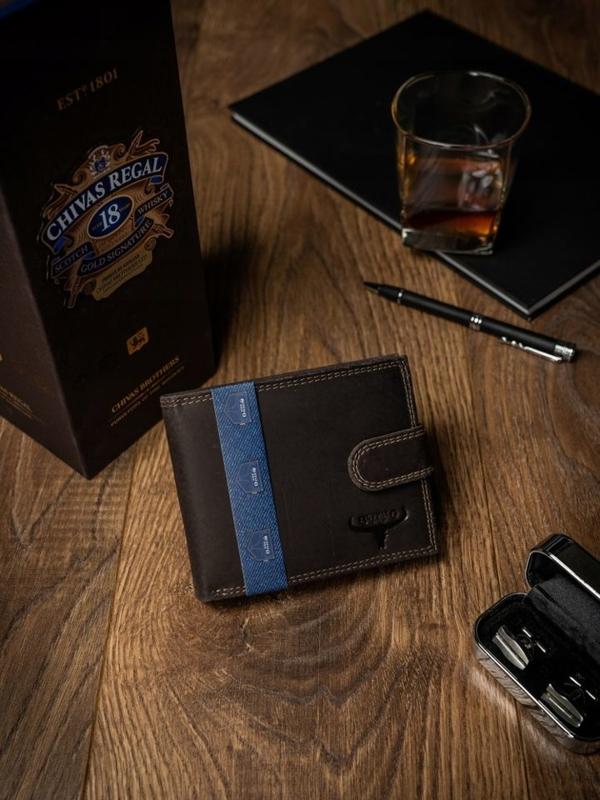 Мужской кожаный кошелек коричневый 2226
