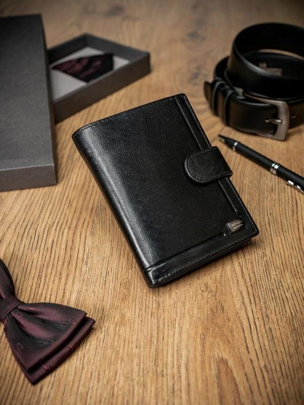 Мужской кожаный кошелек черный 212