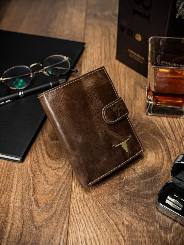 Чоловічий гаманець шкіряний коричневий 49