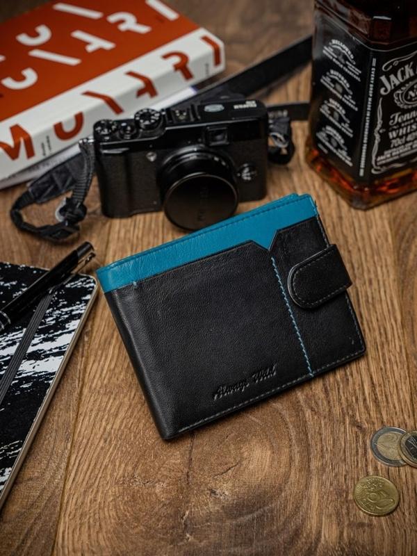 Чоловічий шкіряний гаманець чорно-синій 2054